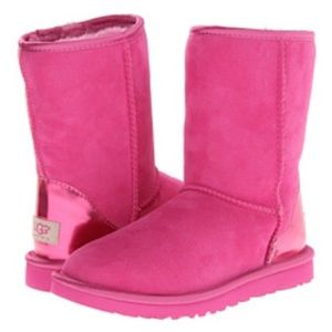 UGG Classic Short Hot Pink Metallic Patent Size 10